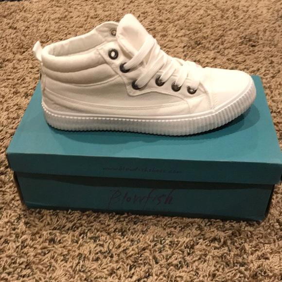 2e17f695aa7 Women s Blowfish Crawl shoe. Size 8.5